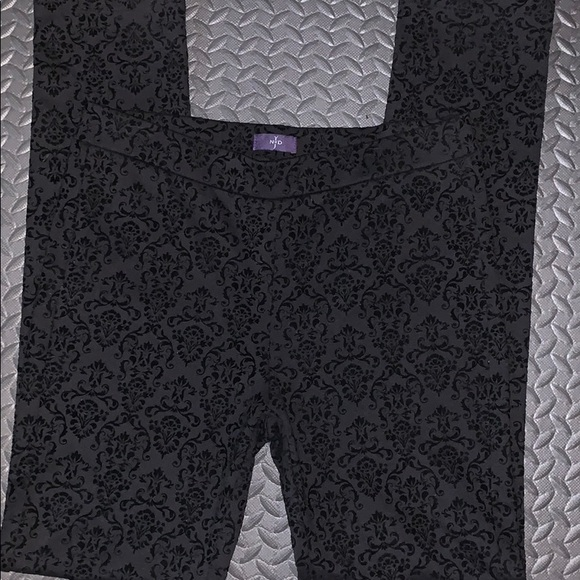NYDJ Pants - NYDJ leggings - Black Velvet!! Size 8
